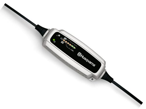 Husqvarna Akumulatora lādētājs BC 0.8